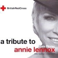 Annie Lennox – Red Cross